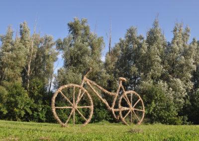 Slamnati bicikli na ruti Osijek - Sombor