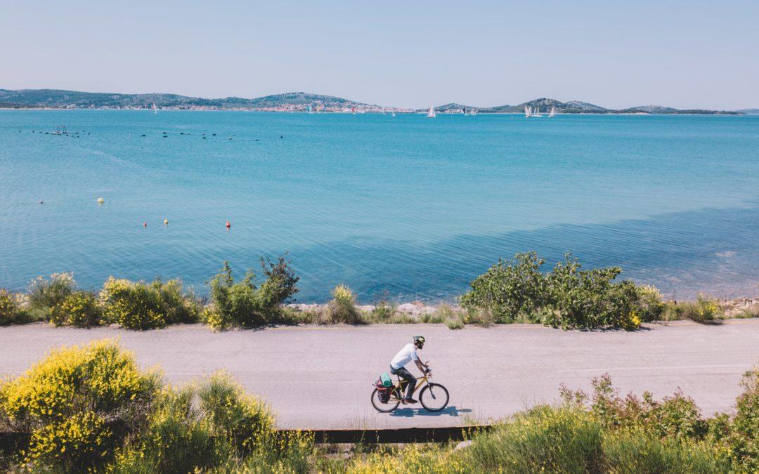 Pogledajte novu promotivnu brošuru o EuroVelo 8 – Mediteranskoj biciklističkoj ruti